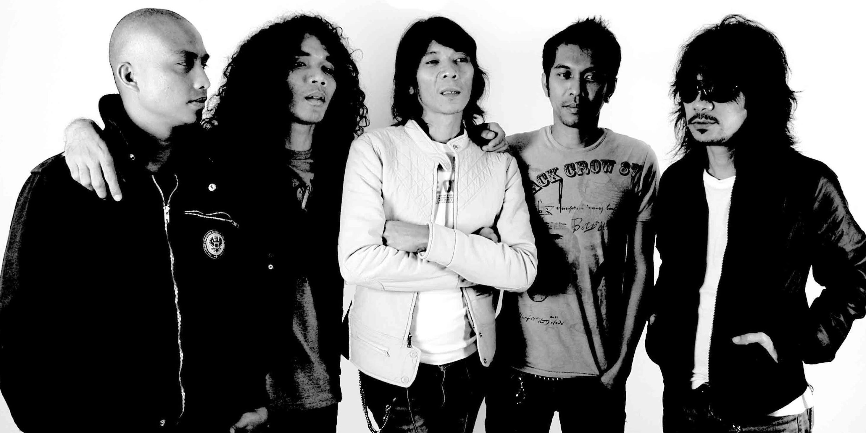 Slank recorded Palalopeyank with Steve Lillywhite