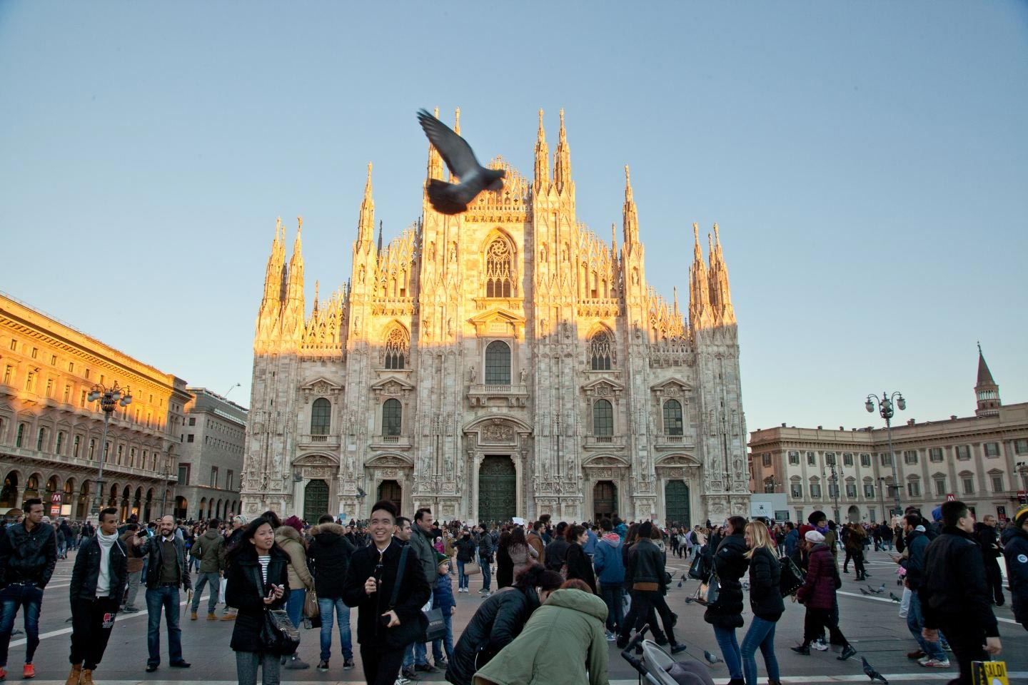 A GUIDE TO MILAN