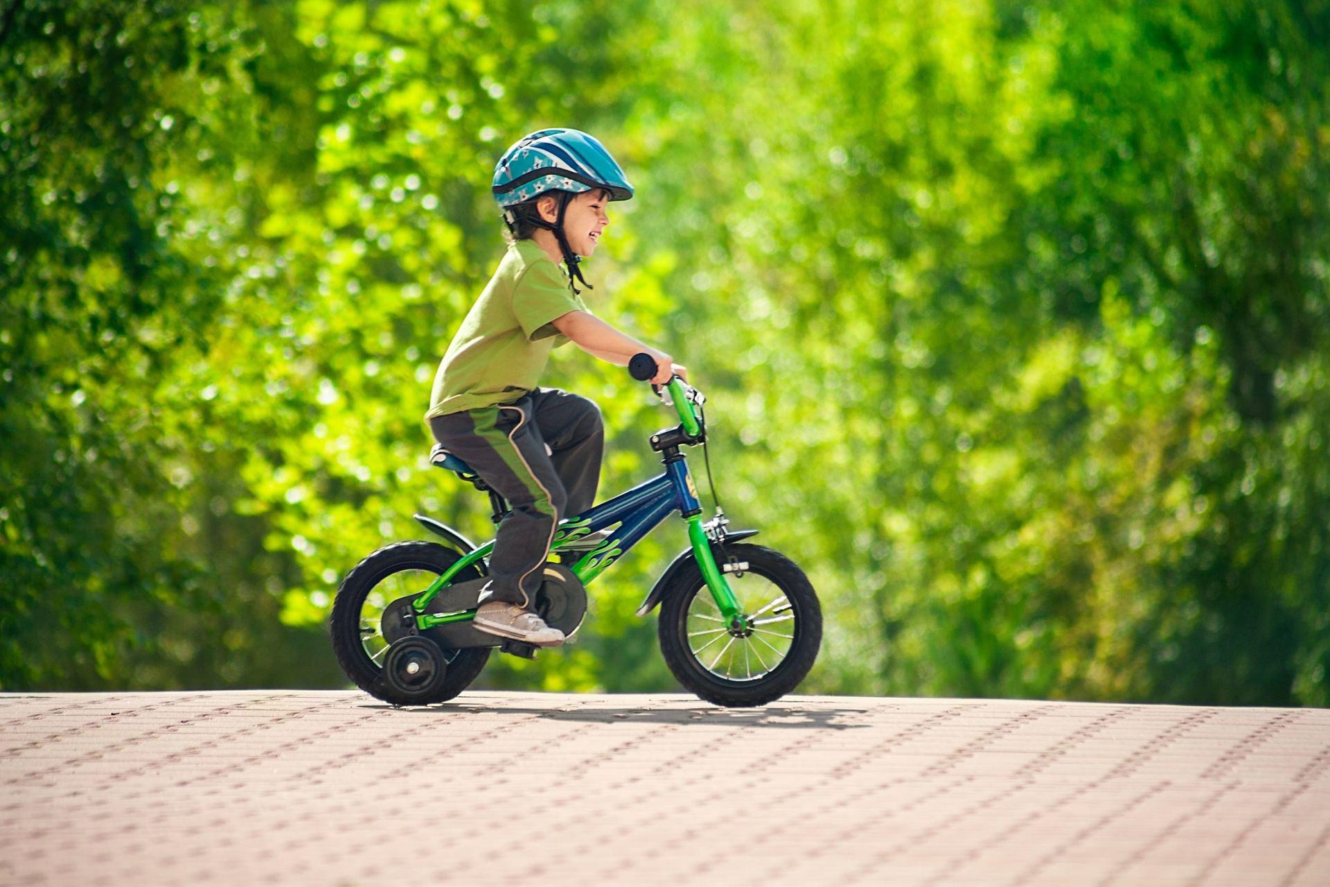 nuo-kokio-amžiaus-leidziama-vaziuoti-dviraciais