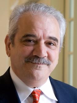 Jose L. González