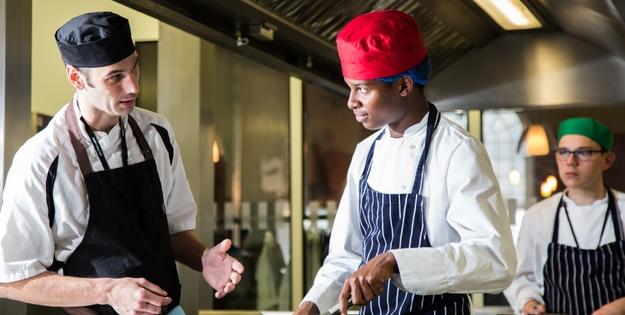 head-chef-mark-hadfield-with-student-akil-johnson-richards-17jpg