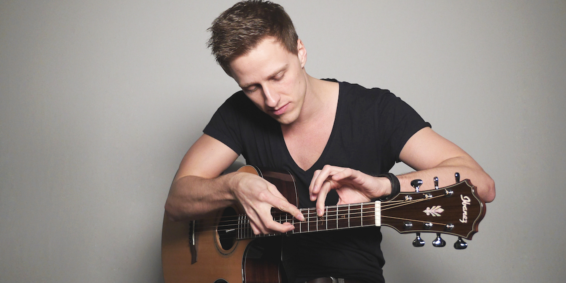 German fingerstyle guitarist Tobias Rauscher to host acoustic guitar masterclass in Singapore