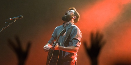 GIG REPORT: Passenger connects with Singaporean crowd through endearing, intimate stories