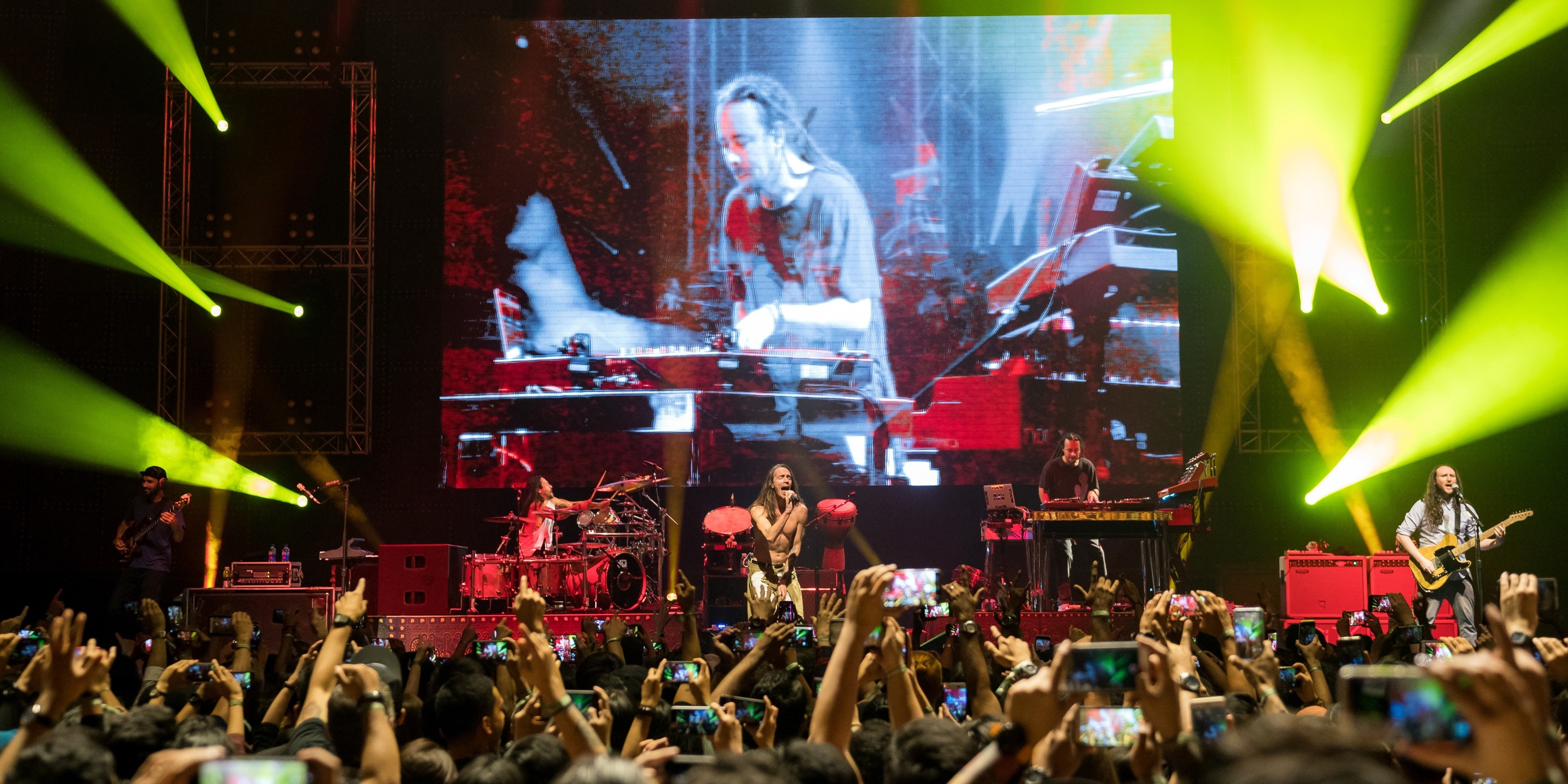 Mixing classics and new hits, Incubus prove they've still got it – gig report
