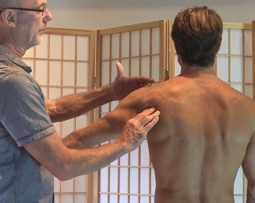 Assessing scapular rotation during abduction