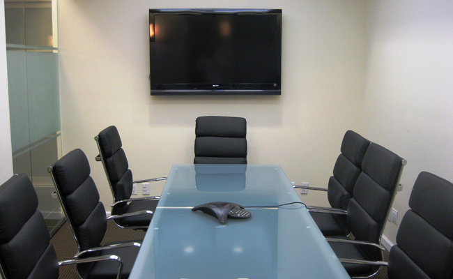 Rd Floor Me Conference Room Venue For Rent In New York - 8 person conference table