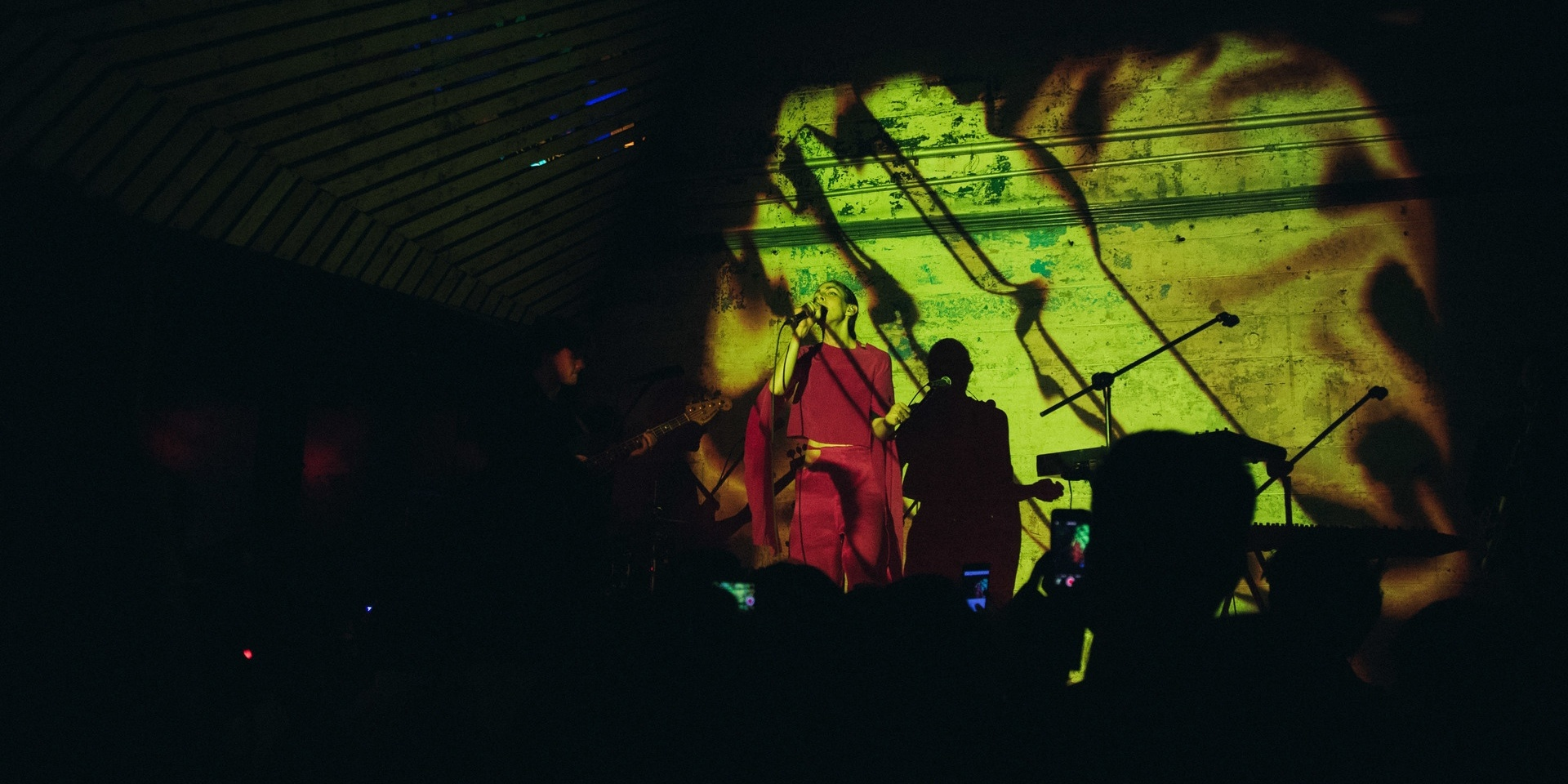 GIG REPORT: Chairlift envelops Manila with their picturesque sound