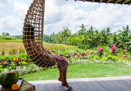 Bali Alchemy of Happiness Yoga Retreat April 2-9, 2017 with DJ Drishti and Silvia Mordini