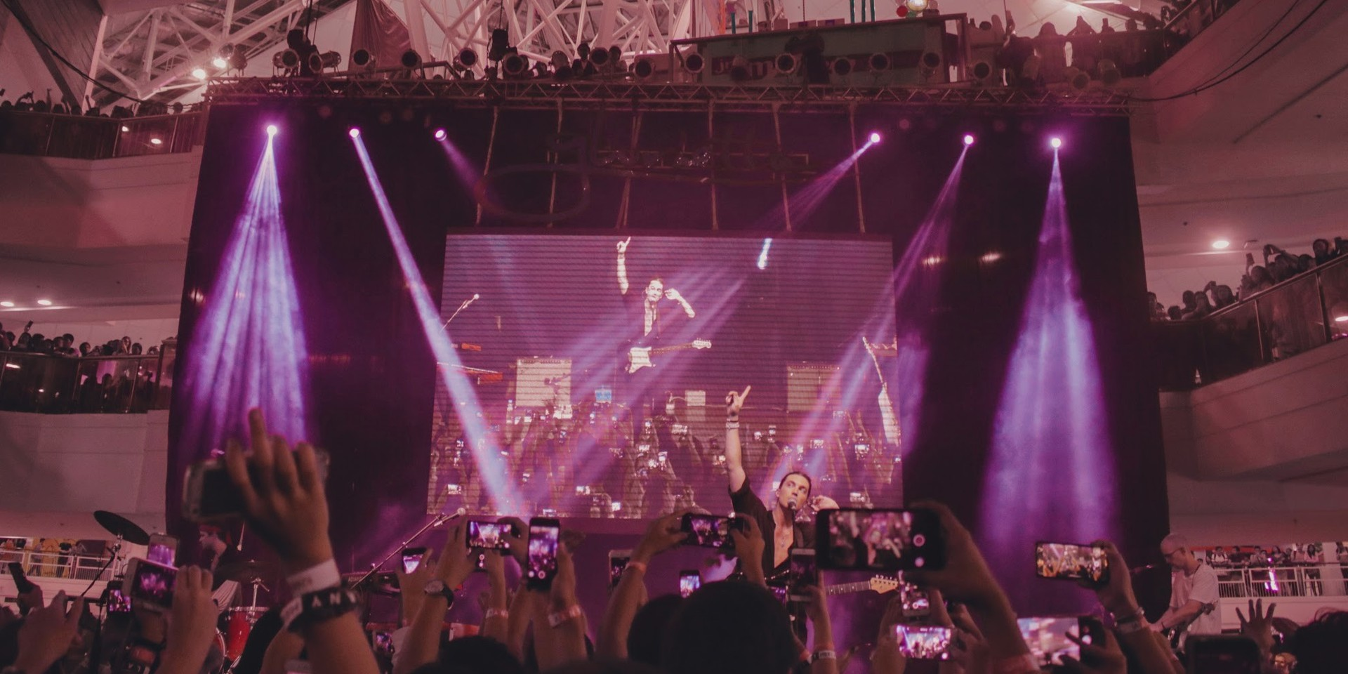 Hearts on fire as LANY takes over Manila with five mall shows