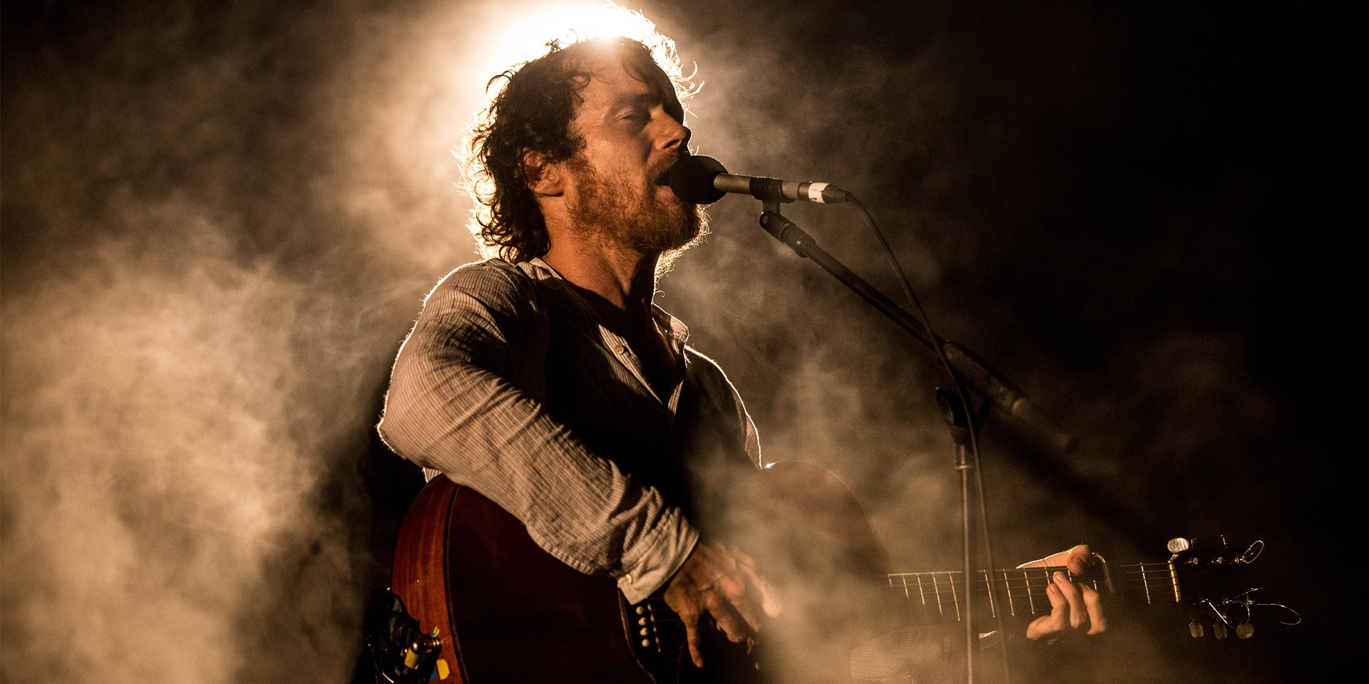 "Damien Rice on performing: ""I love to walk on stage with no plan, no setlist"""