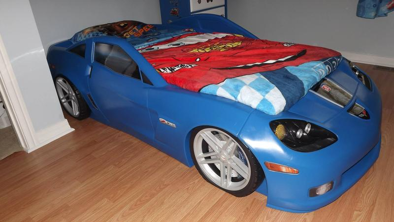 step2 corvette bed blue 3