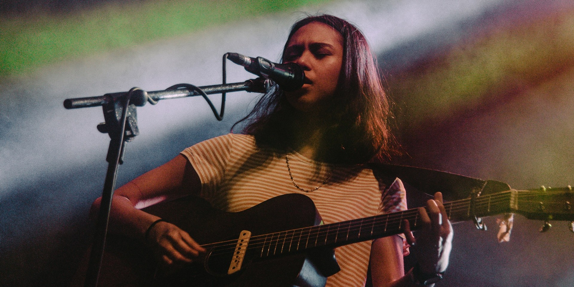 Clara Benin surprises fans with stripped down performance – watch