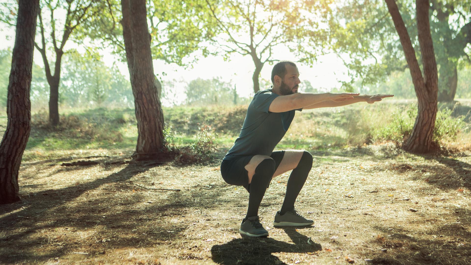 Runner squats in training