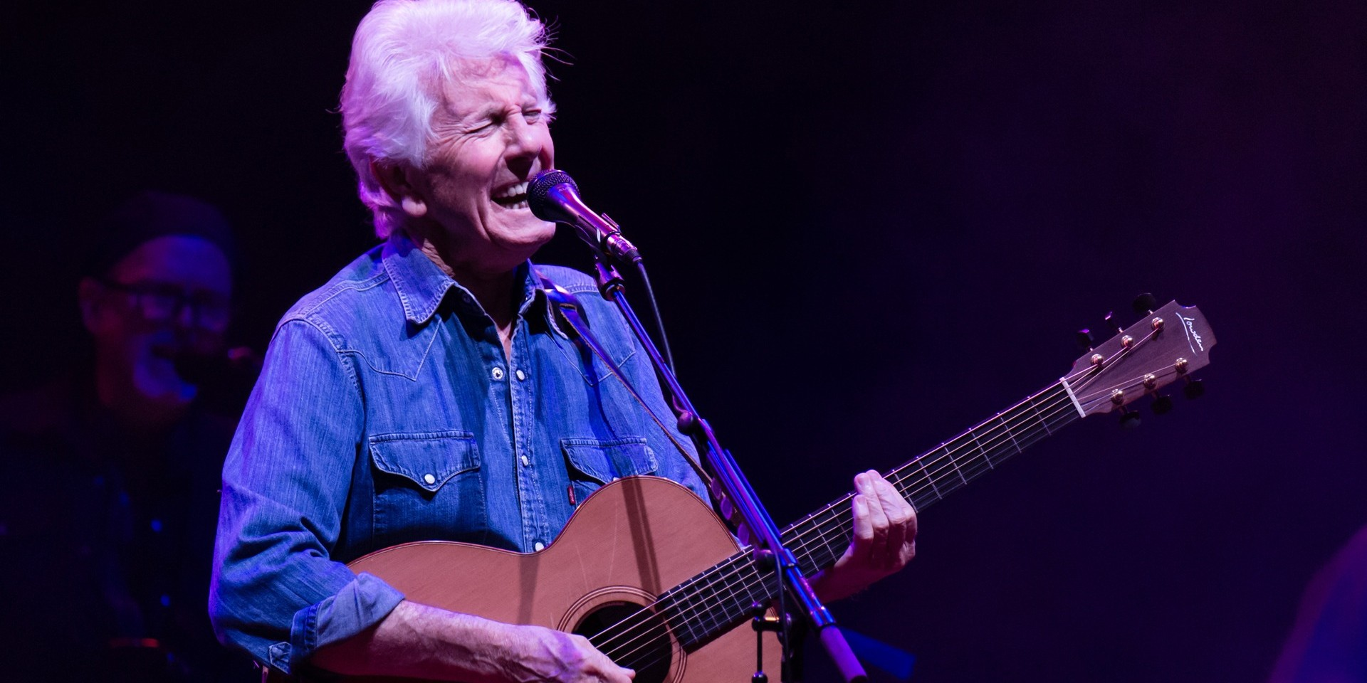 """WATCH: Graham Nash brands possible Trump presidency as """"terrifying"""", performs 'This Path Tonight'"""