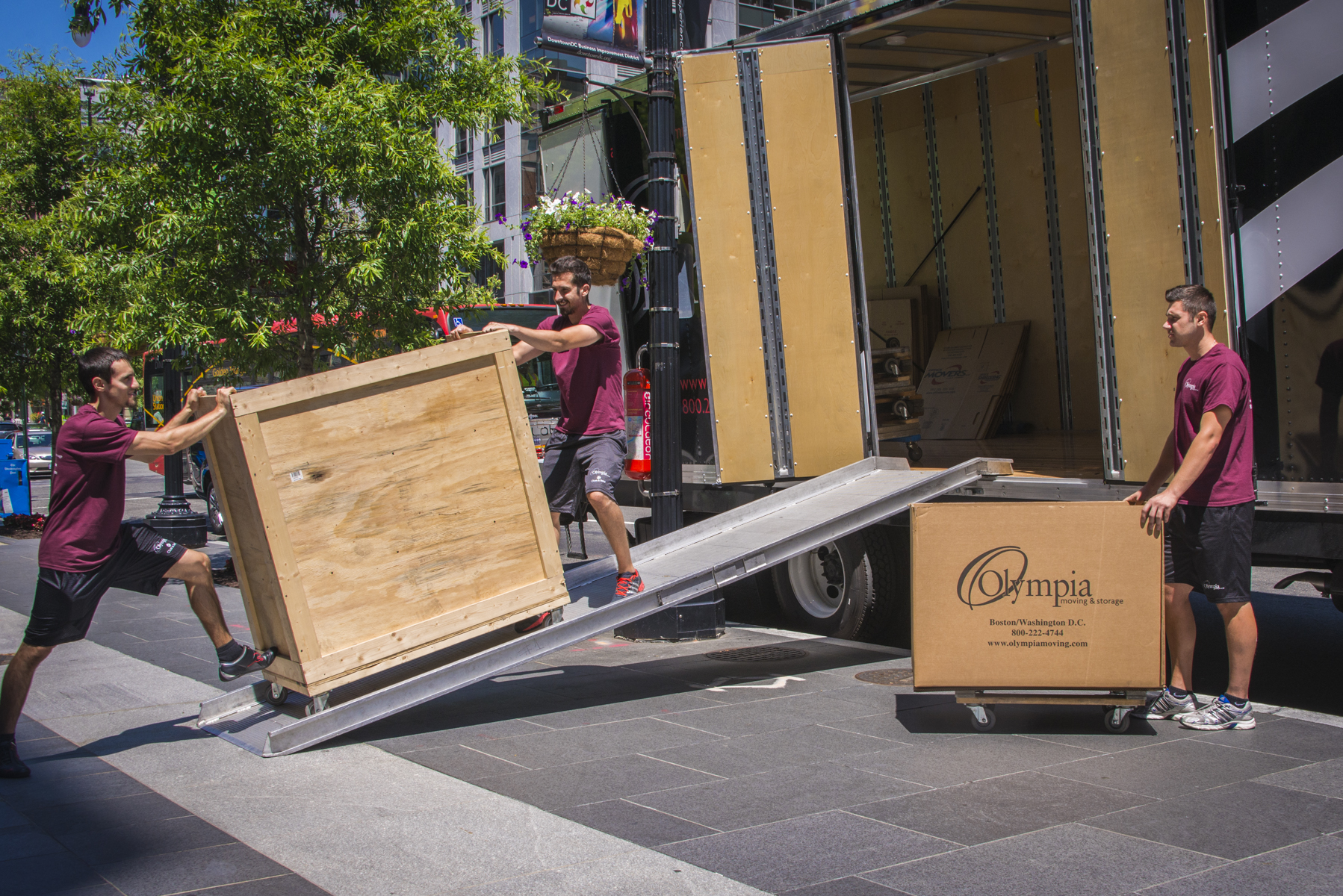 ... Olympia Moving And Storage Photo 13 ...