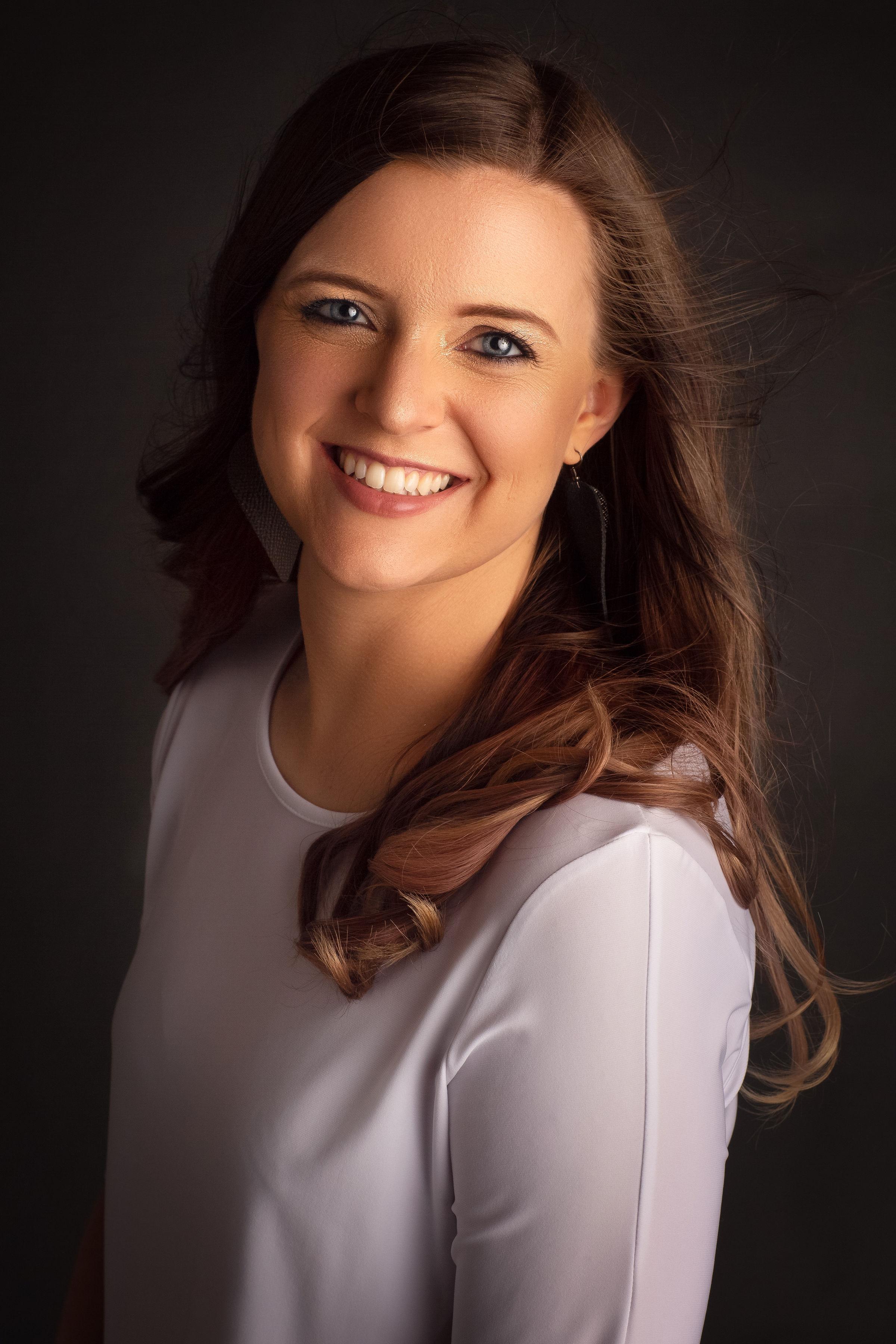 Lindsay Anderson, Founder Hope & Homeschool and Kingdom Mom Podcast + Kingdom Mom Coaching