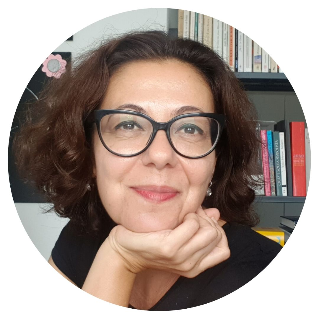 Leila Adriano Ostoyke