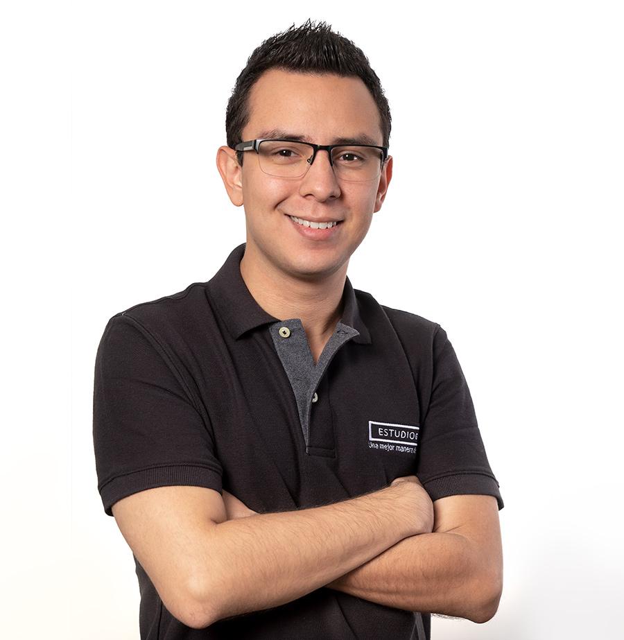 Edgardo Mena