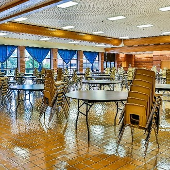 Cafeteria / Commons Area