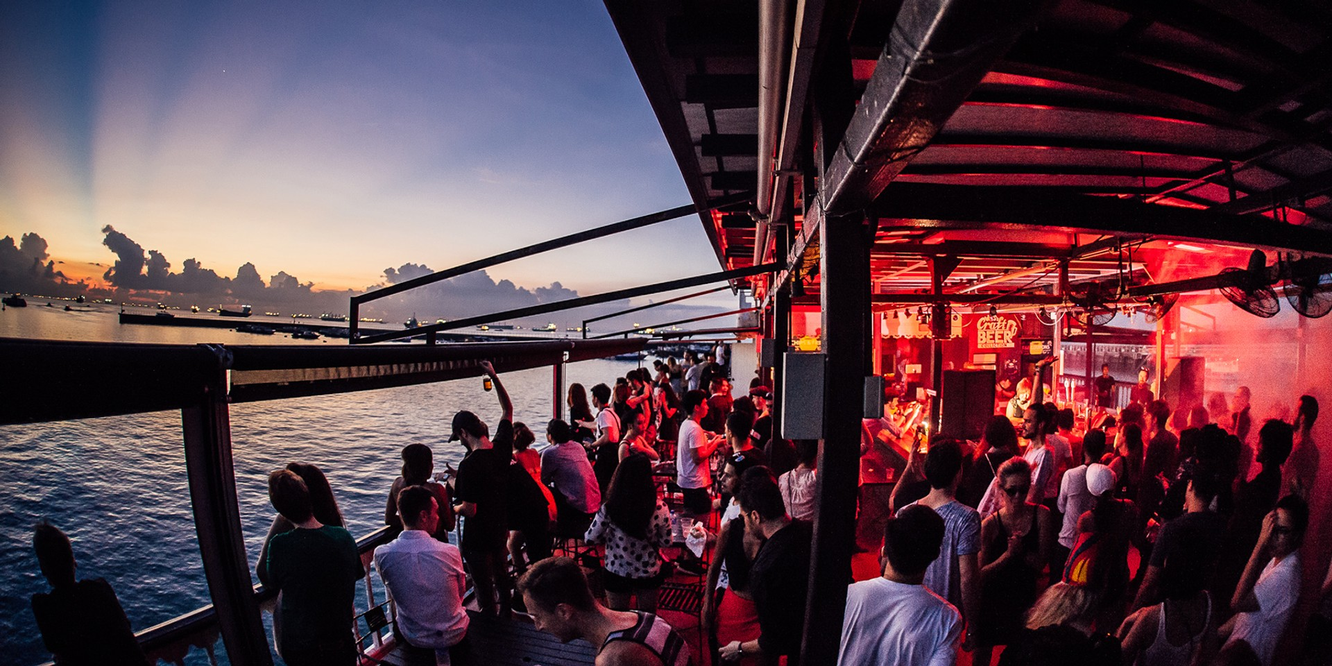 We're bringing back our overnight techno and house party on the Bandwagon Riverboat