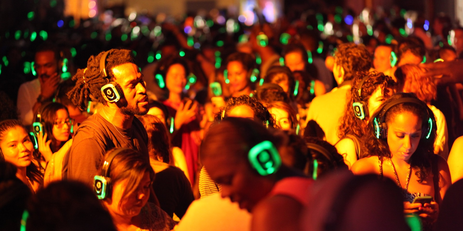 Silent Disco to present their biggest pop-up in Singapore yet at iLight Marina Bay 2017