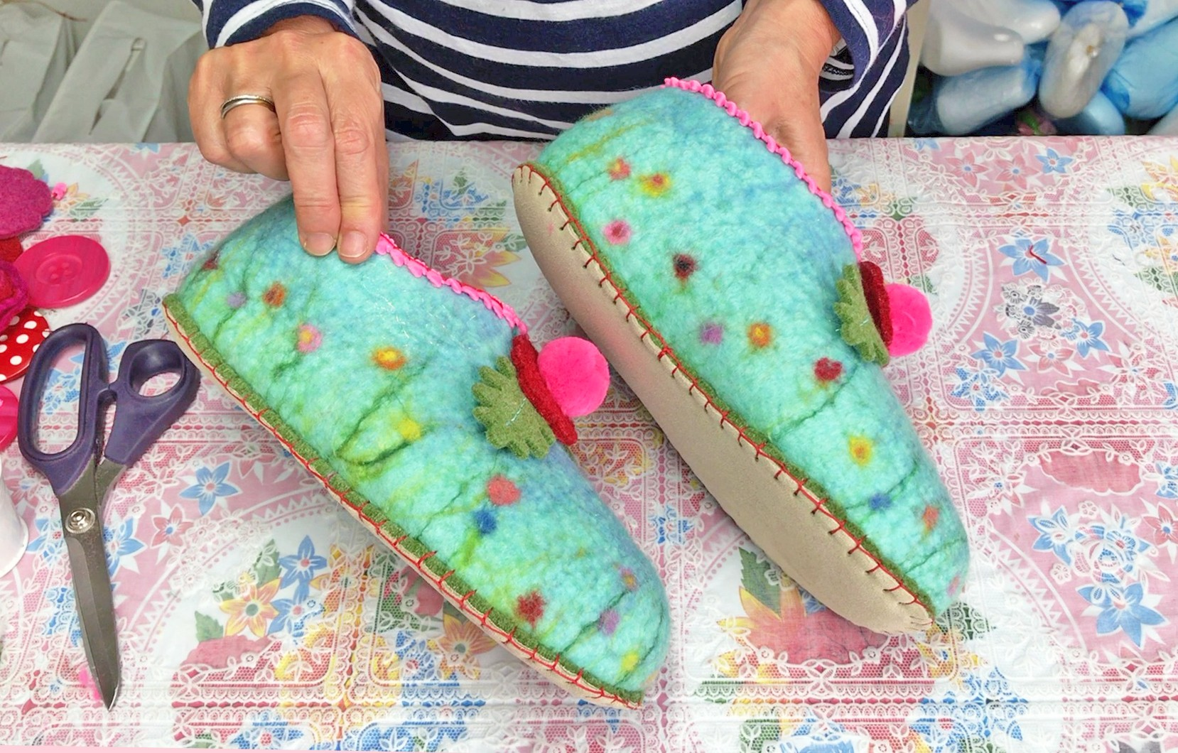 Online Felt Slippers Course 1