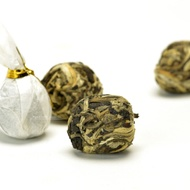 Moonlight Dragon Ball White Tea from Teavivre