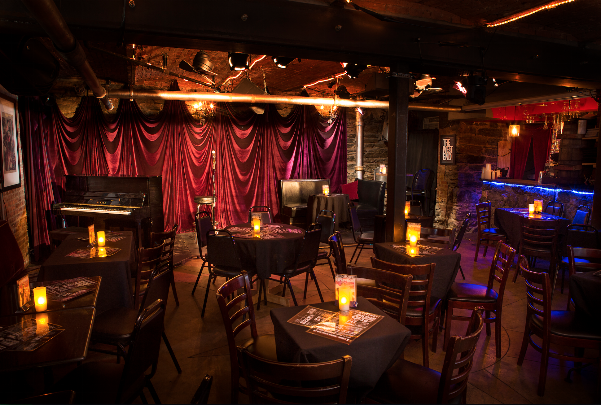 Back Room Amp Stage Bar Venue For Rent In New York