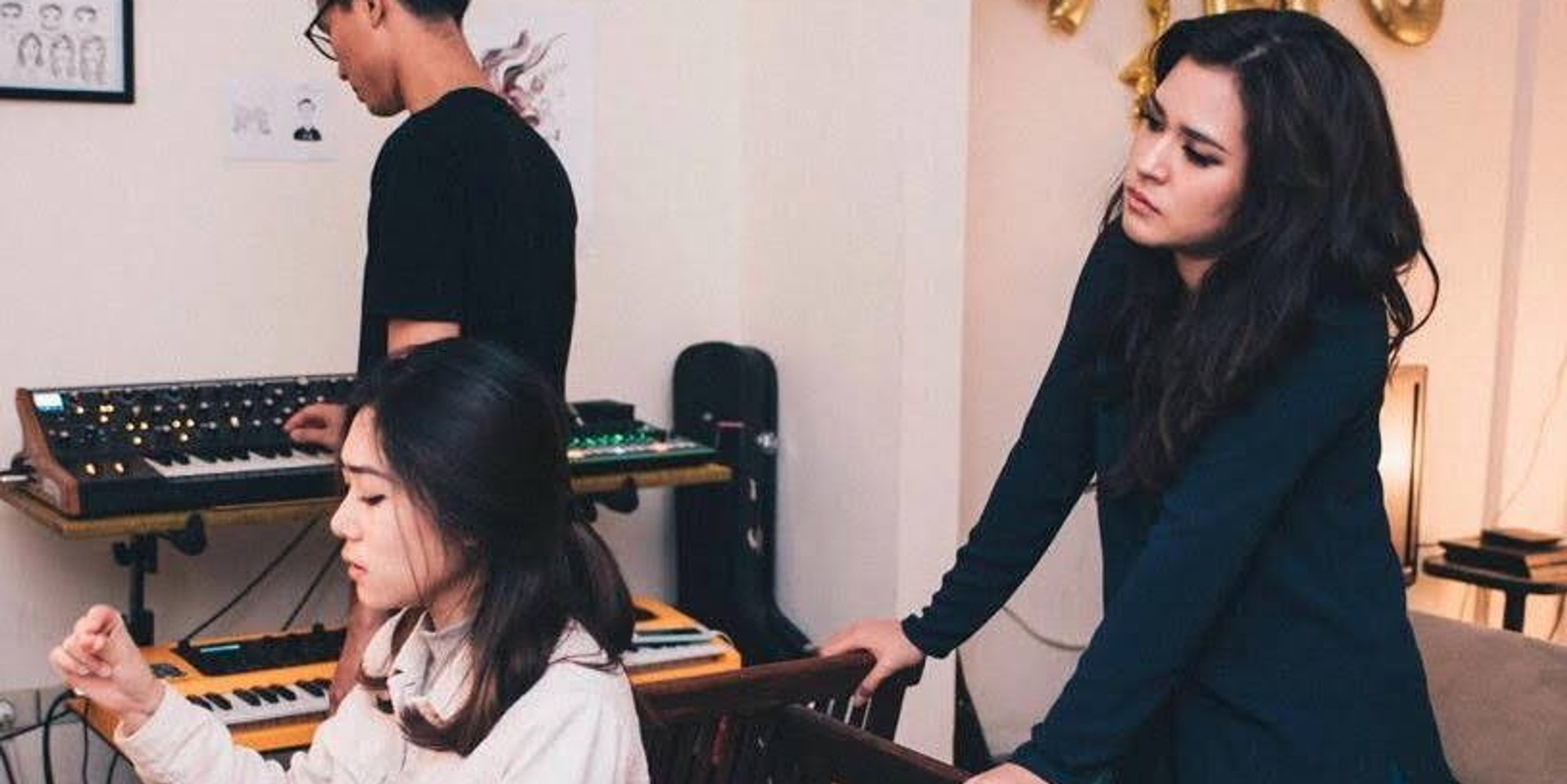 LISTEN: Two pop titans Raisa and Isyana Sarasvati release collaborative song