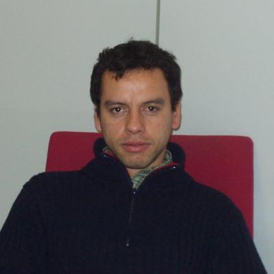 Dr.  Diego Restrepo