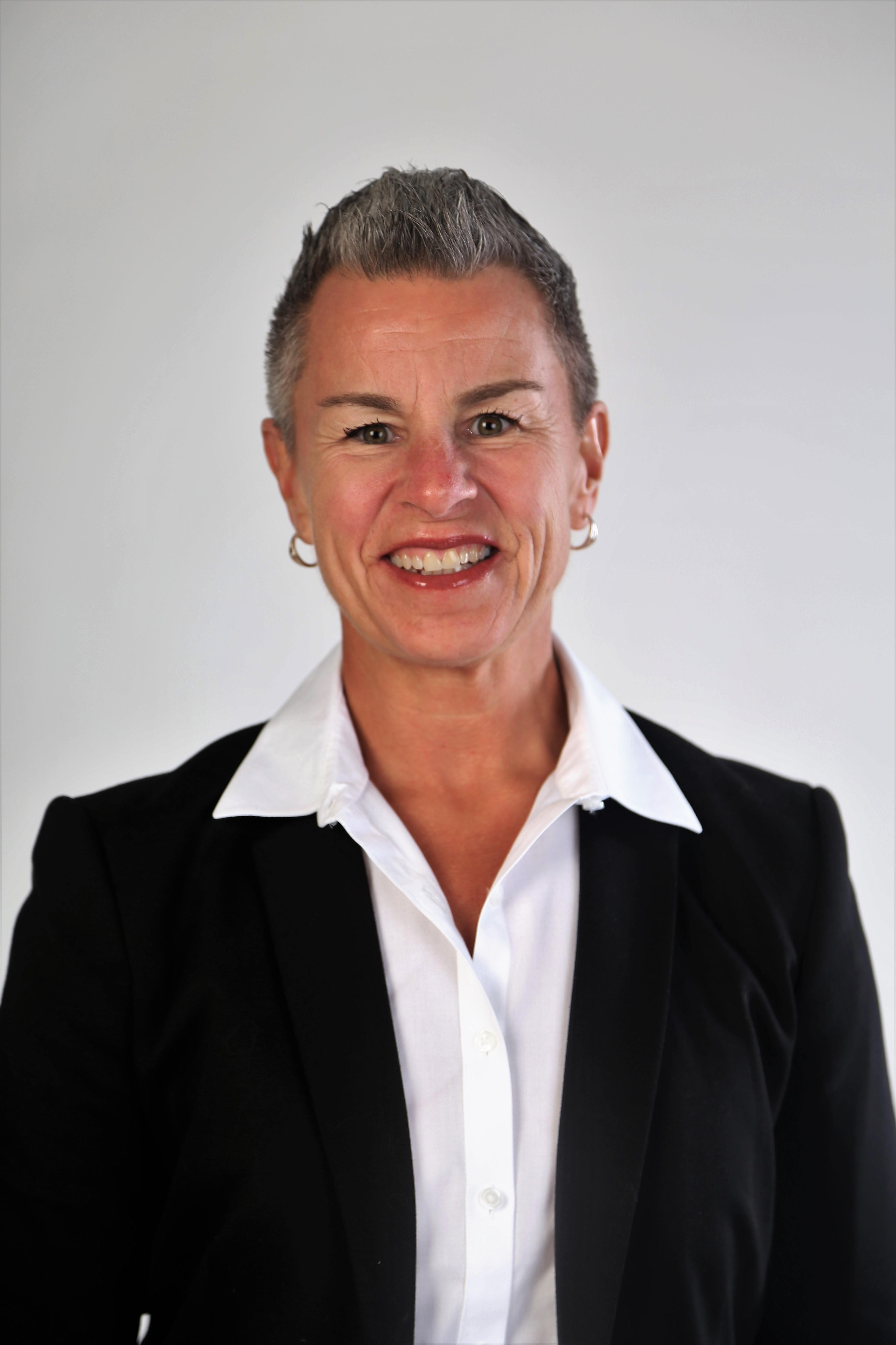 Colleen DeVeyrac MLI, BED, BPE