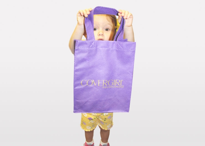 CoverGirl - Tote Bags