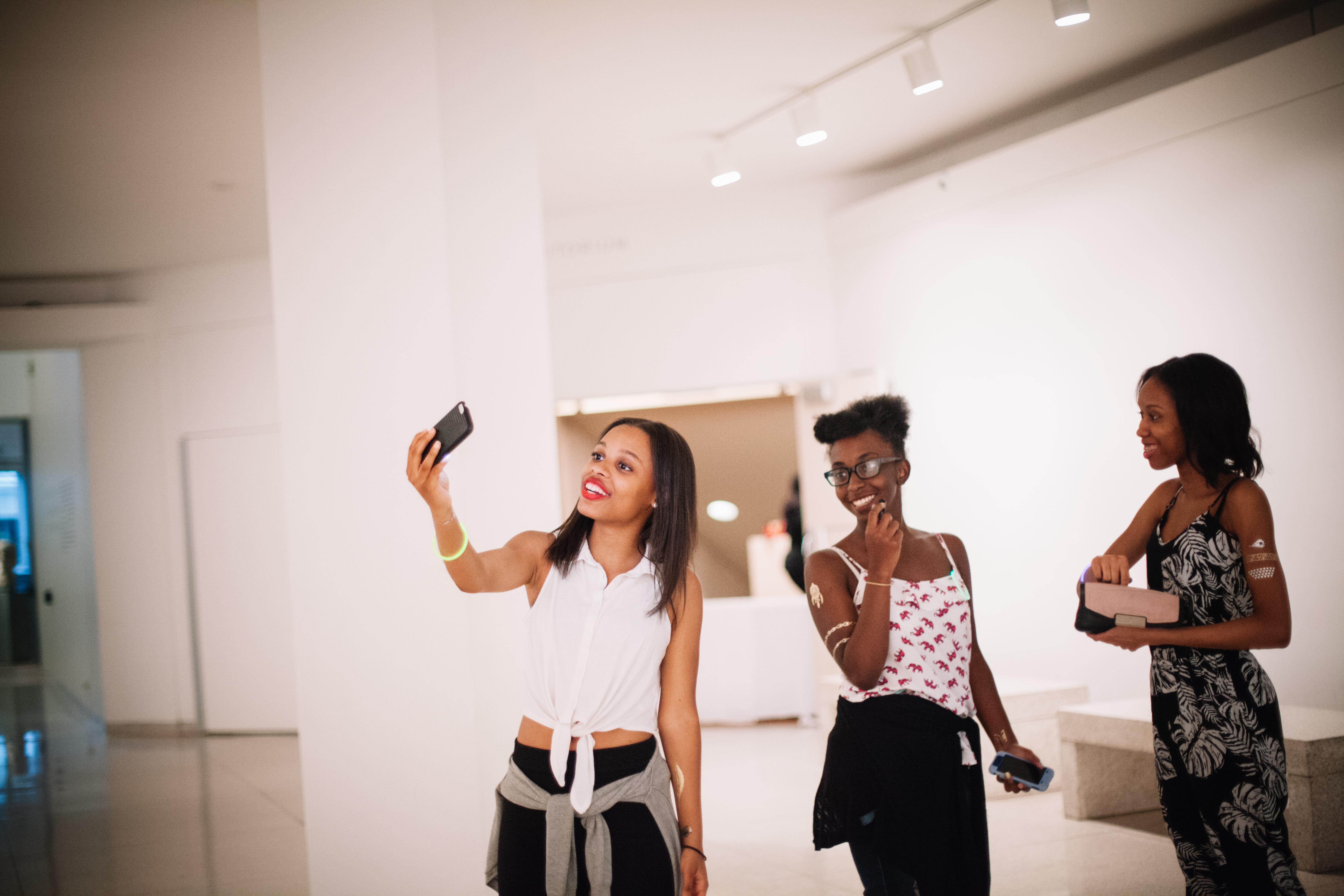 Change the Frame: Photography Workshop