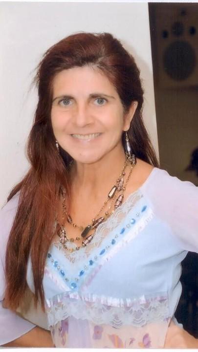 Professora Ana Oliveira