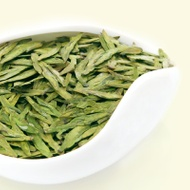 West Lake Longjing tea from TeaNaga.com