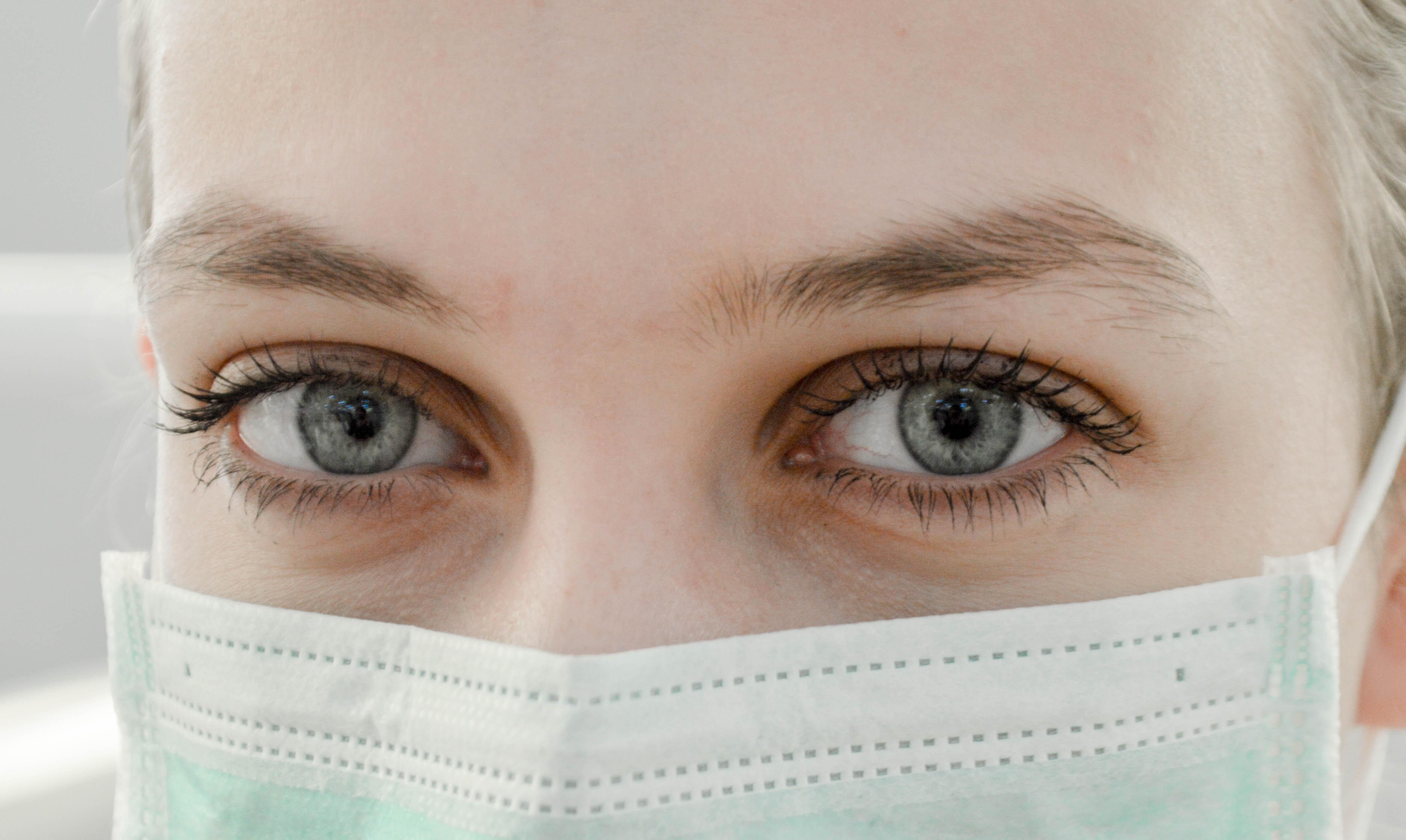 image of nurse wearing mask