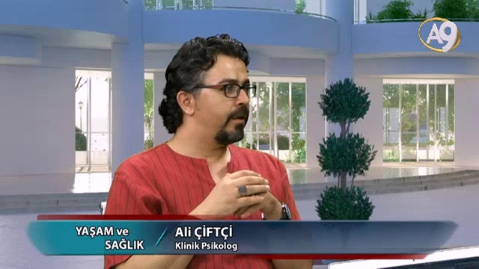 Psikolog Ali Çifçi