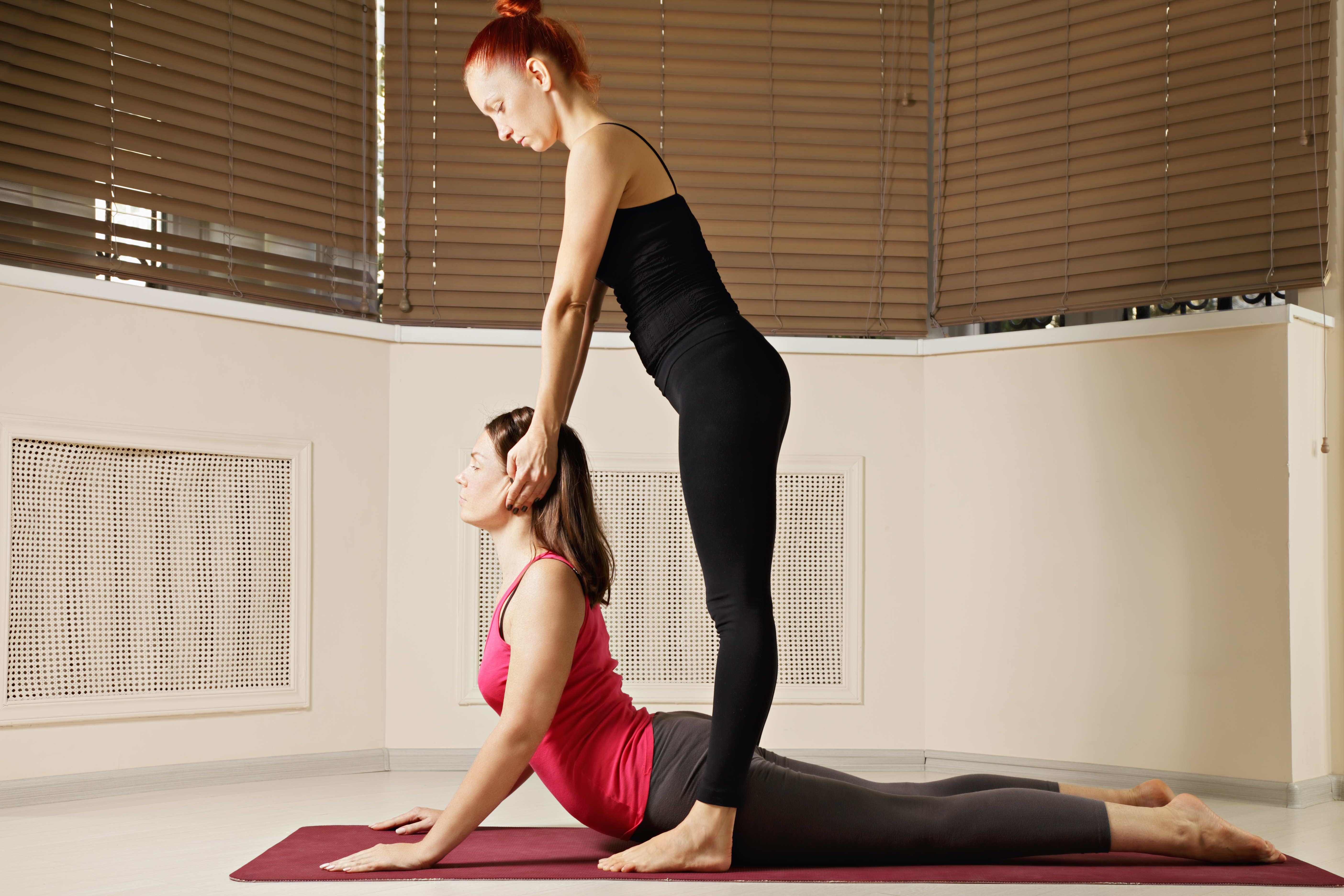 how-have-iyengar-cues-affected-our-yoga-nancy-frohlick