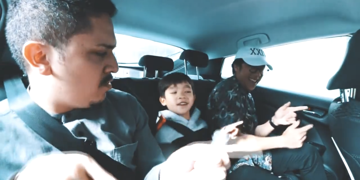 WATCH: Singaporean musicians get down with passengers in Bruno Mars Car-aoke