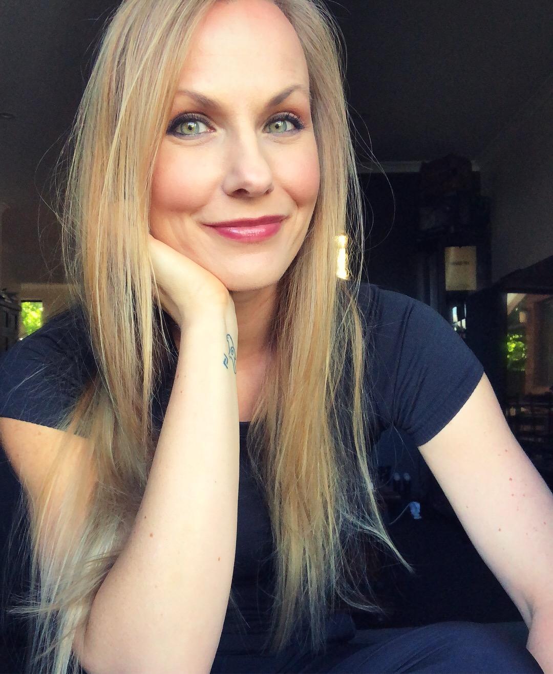 Lisa L. Hannett