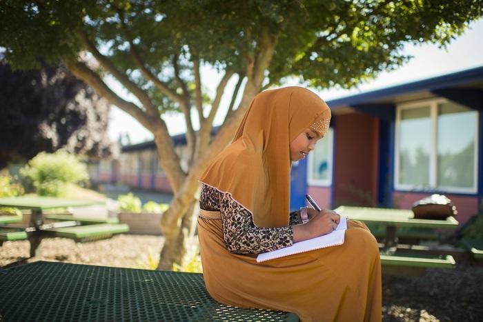 Help refugee studentsJPG