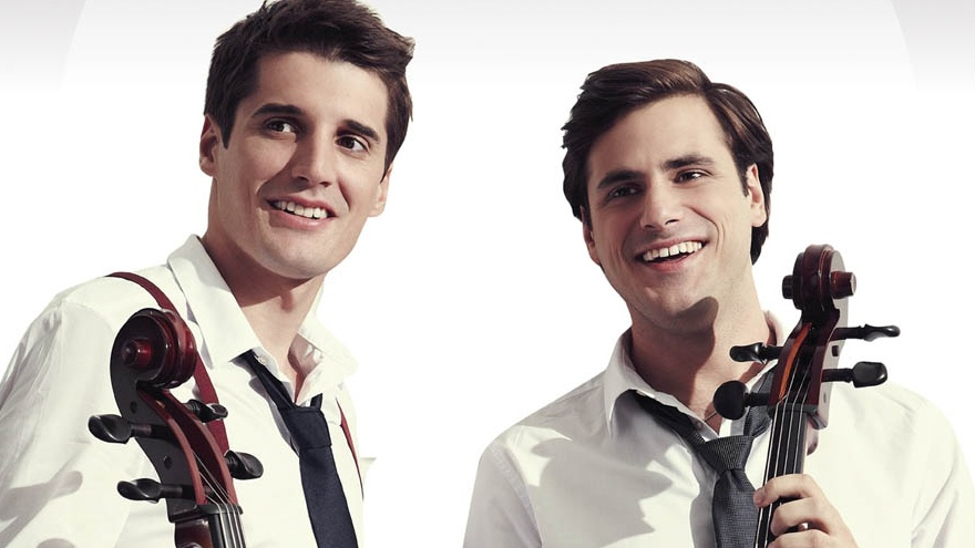 2Cellos live in Singapore!