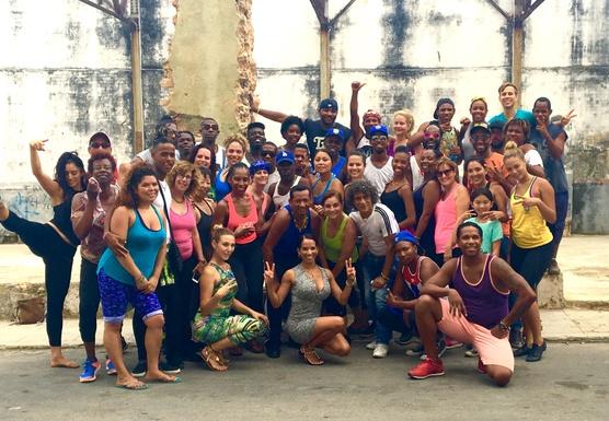 DANCE IN CUBA! (December '16)
