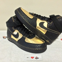 DS NIKE AIR FORCE 1 HI SUPREME SIZE 10.5 STYLE CODE 345189 002