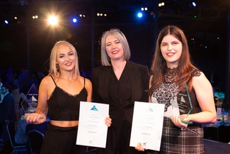 rsz-derby-college-group-chief-executive-mandie-stravino-with-student-of-the-year-lauren-hudson-left-and-apprentice-of-the-year-amber-nicholsonjpg