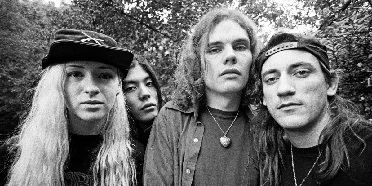 The Smashing Pumpkins are reuniting, but without original bassist D'arcy Wretzky