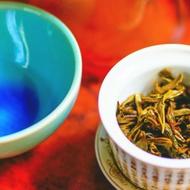 Lao Man'e Bulang Raw Pu Erh 2015 from Huang Chen Hao Tea Art