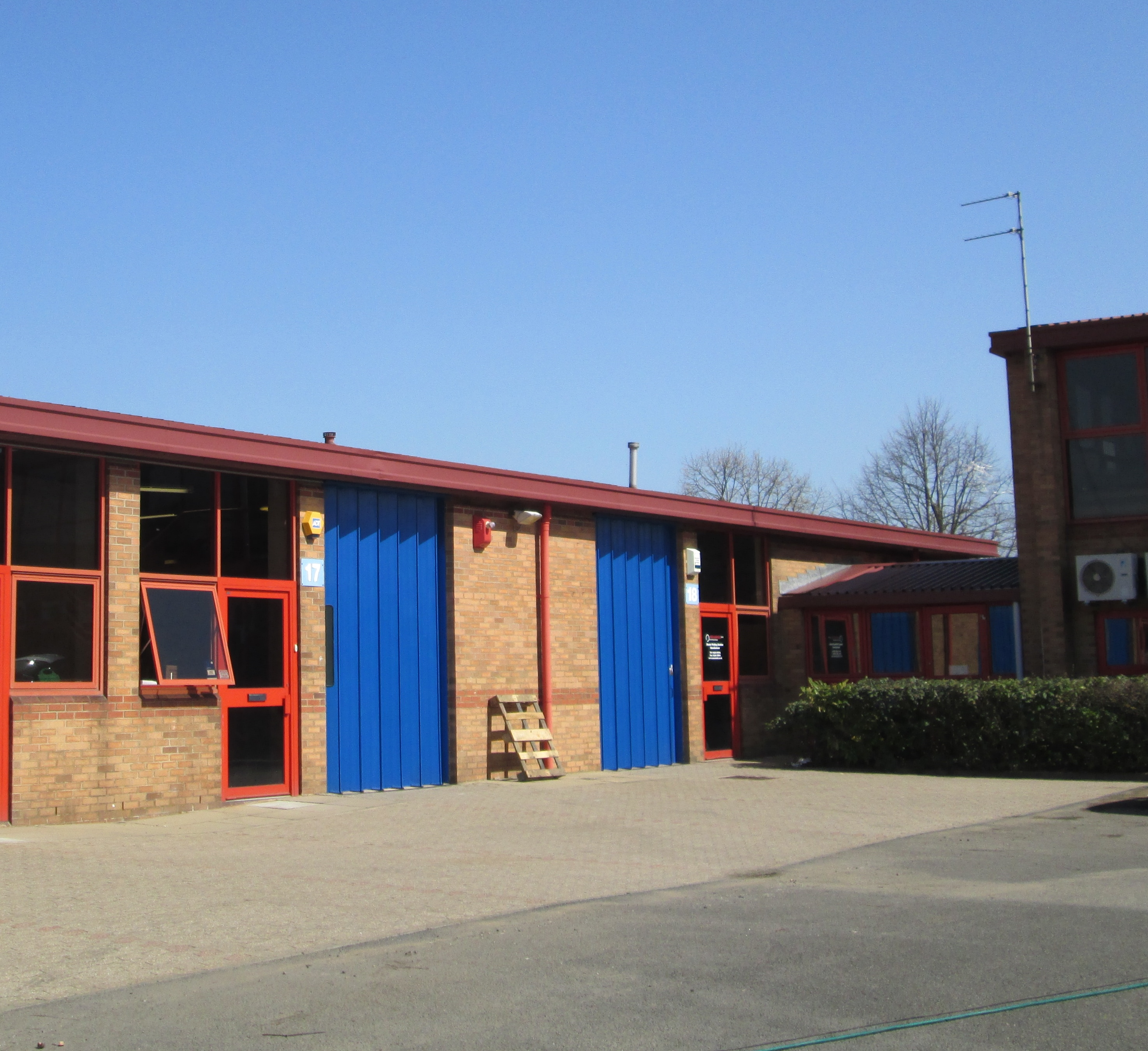 Light Industrial Units Hampshire: Property To Let 15 & 20 Business Centre West, Avenue One