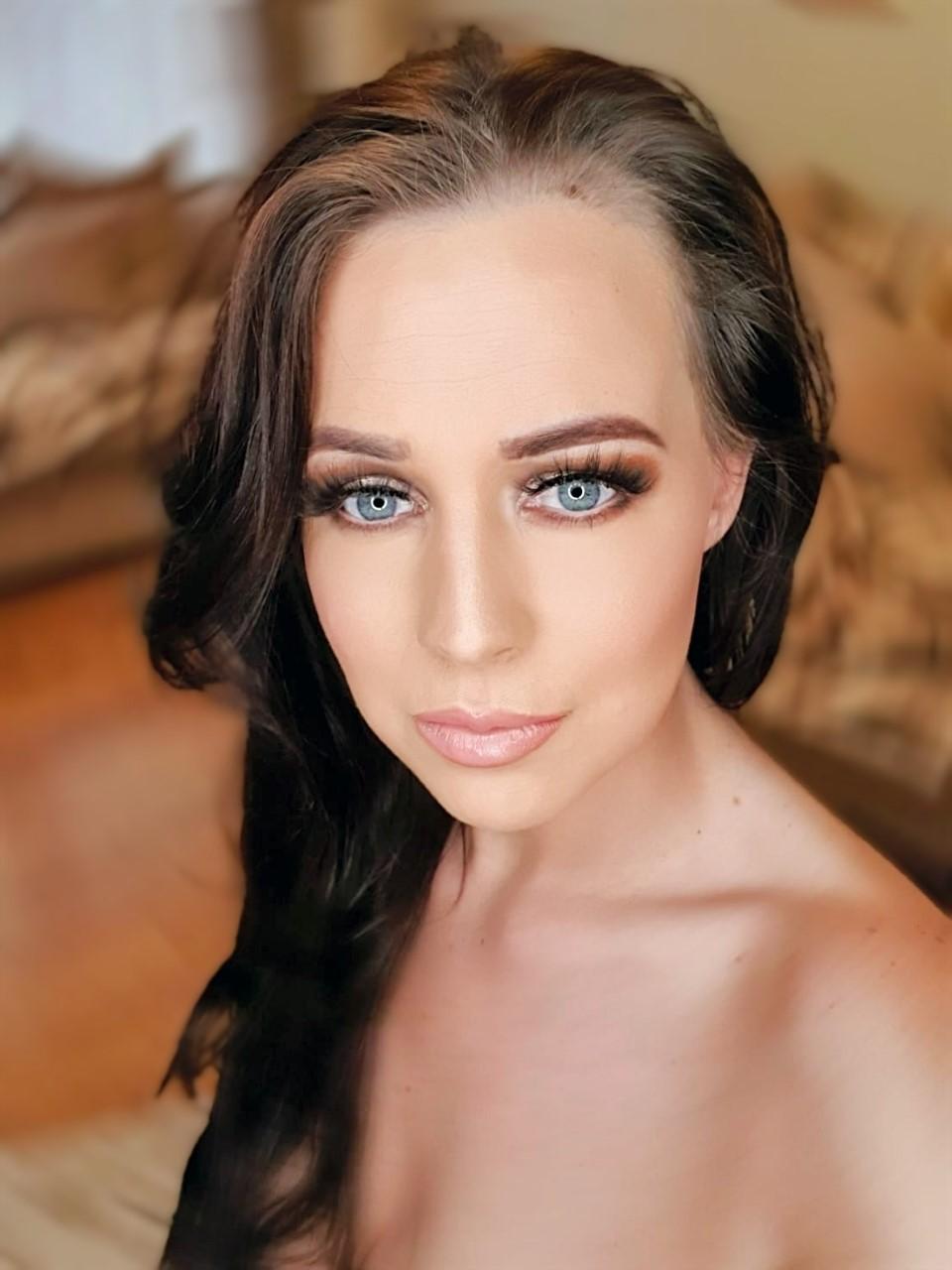 wowzer cosmetics training academy training school beauty courses online learning