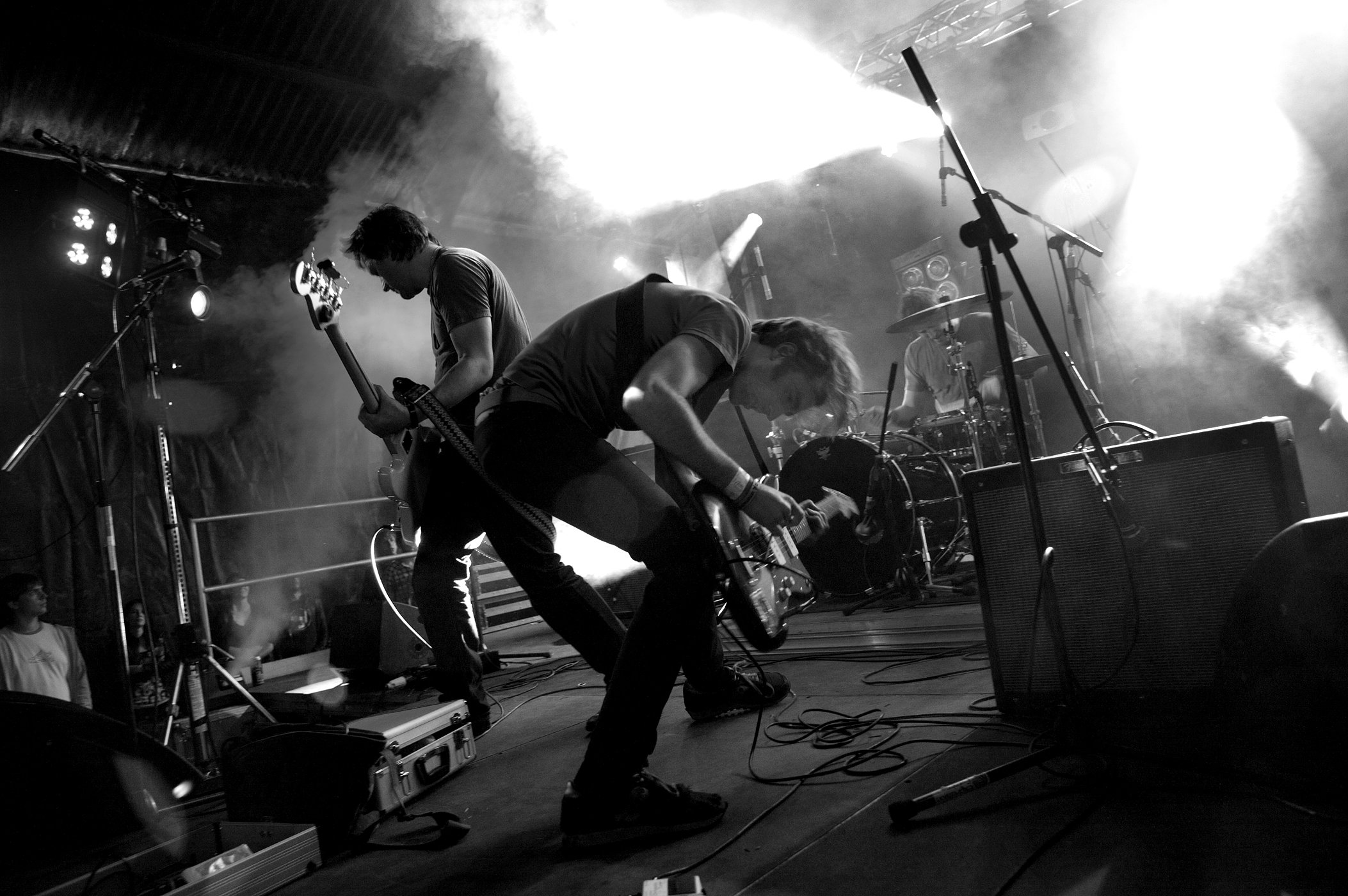 Hecklergigs a place to bury strangers the legion 85 new pics